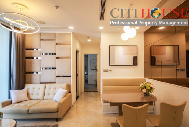 Nice apartment for rent at Vinhomes Golden River, Ba Son in District 01