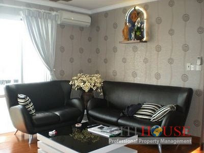 Apartment for rent in Phuc Thinh Plaza, 3 beds, High Floor, $1200