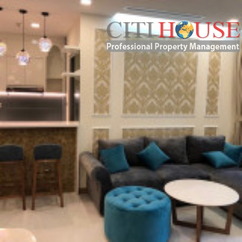 Vinhomes Central Park for rent, comfortable three bedrooms with nice design in Park 7 Tower