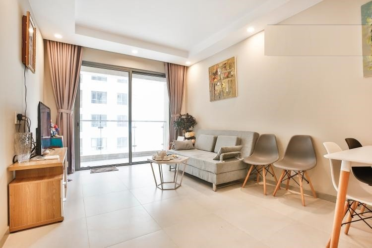 Three bedroom apartment for rent in The Tresor in District 04 with river view