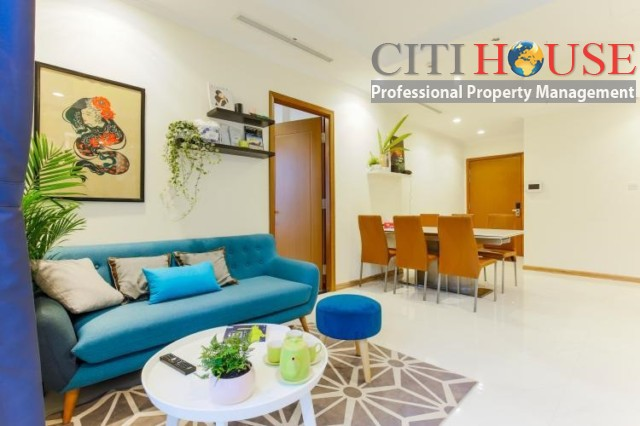 Vinhomes Central Park for rent, luxury furnished three bedrooms in Landmark 01 Tower