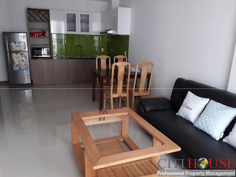 Sunrise Riverside 2-bed apartment for rent in District 07, best price in the market