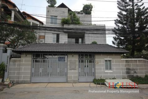 Thao Dien Villa for Rent on Nguyen Van Huong District 2, 300 sqm, nice swimming pool, $3100