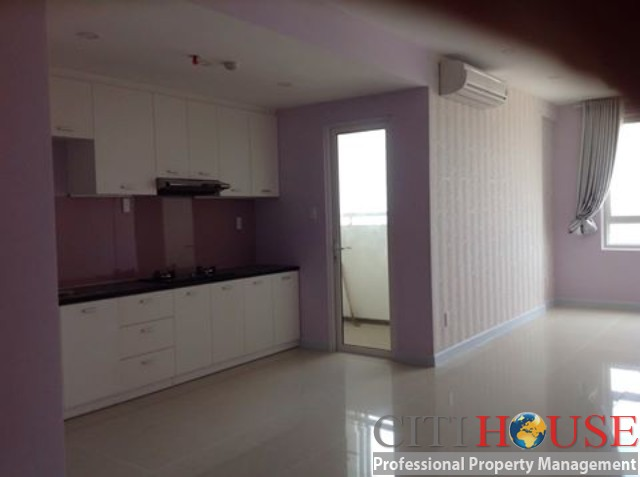 Unfurnished two bedrooms apartment for rent in Tropic Garden