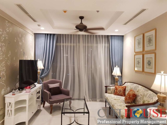 Beautifull classic styles 2 bedrooms apartment for rent in Vinhomes Central Park