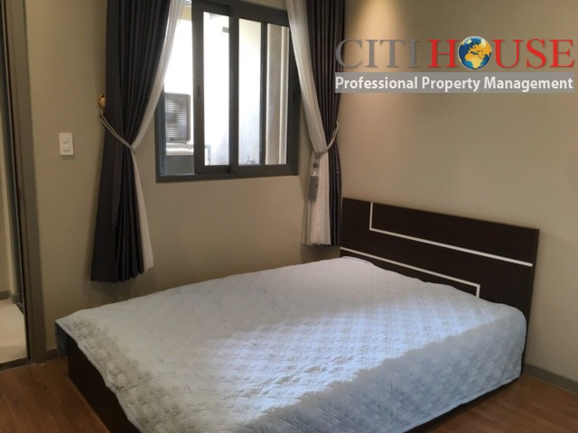 Gold View apartment for rent in District 04; cheap renral price of two bedrooms