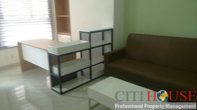 Officetel for rent in River Gate in Ben Van Don Street closed to Disitrict 01
