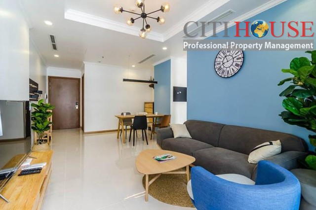 2 beds for rent at Vinhomes Central Park, Nguyen Huu Canh Street, Binh Thanh