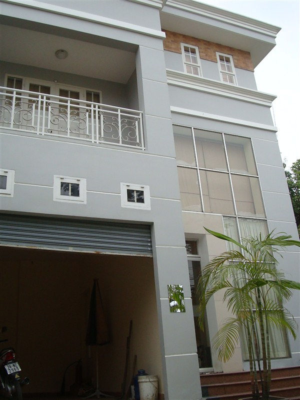 Thao Dien Villa for rent in District 2, Semi Furnished, $2000