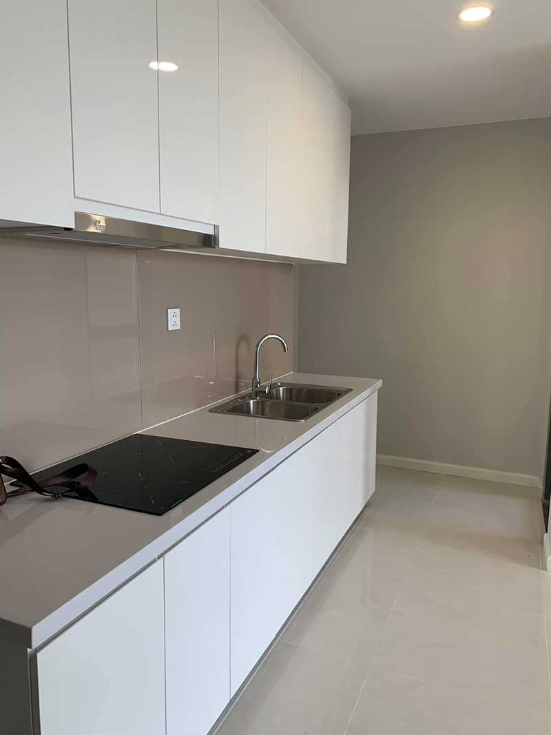 Smart designed two-bedroom apartment for rent in Masteri An Phu