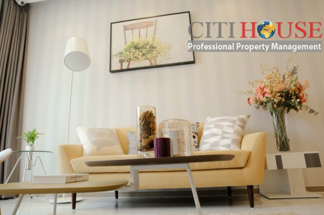 Two bedrooms apartment for rent in Riva Park in District 04