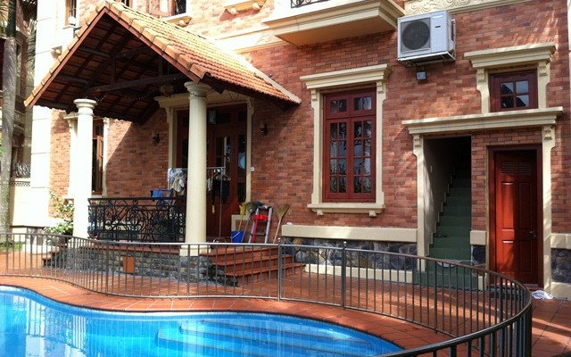 Thao Dien Villa for rent District 2, 300 sqm, nice swimming pool, $2000