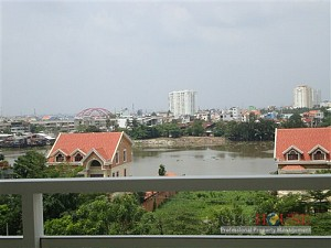 River Garden apartment for rent 2 beds, fully furnished, river view, $1200