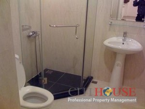 Apartment for Rent in Phu Nhuan District, Hoang Minh Giam, 2 beds, $800