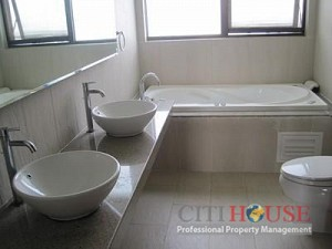 Apartment for rent in Thuan Viet, District 11, Near Phu Tho Stadium, $500