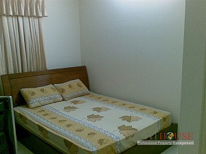 Central Garden Apartment for Rent, on East-West highway, 2 beds, $650