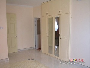 Central Garden Apartment for Rent, 3 beds, Nice Cityview, $900