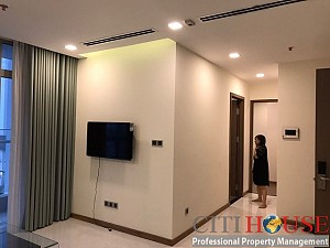 Cheap two bedrooms apartment for rent in Vinhomes Central Park
