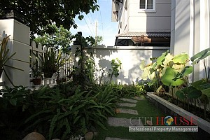 Luxury Villa in Phu My Hung for rent in Dist 7, 530 sqm, $4700