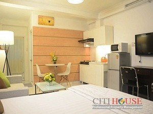 Nice studio serviced apartment in District 1, near Ben Thanh market, $500