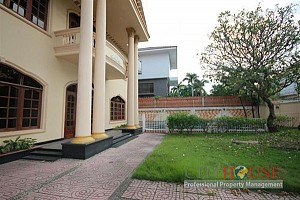 Nice Thao Dien Villa with Pool for lease, District 2, $4500