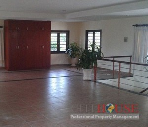 Nice Villa for lease in