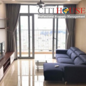 Three bedrooms apartment for