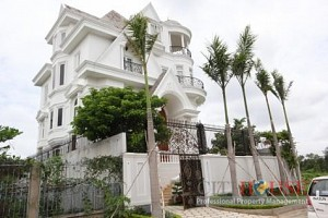 Villa for Rent on Nguyen Van