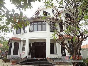 Villa for rent in Thao Dien,